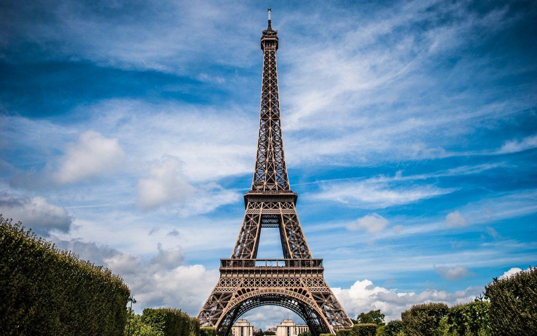 Paris Moves